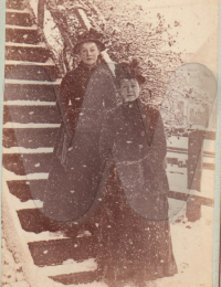 Marion and sister Jean Doggart Pitlochry Dec 1886